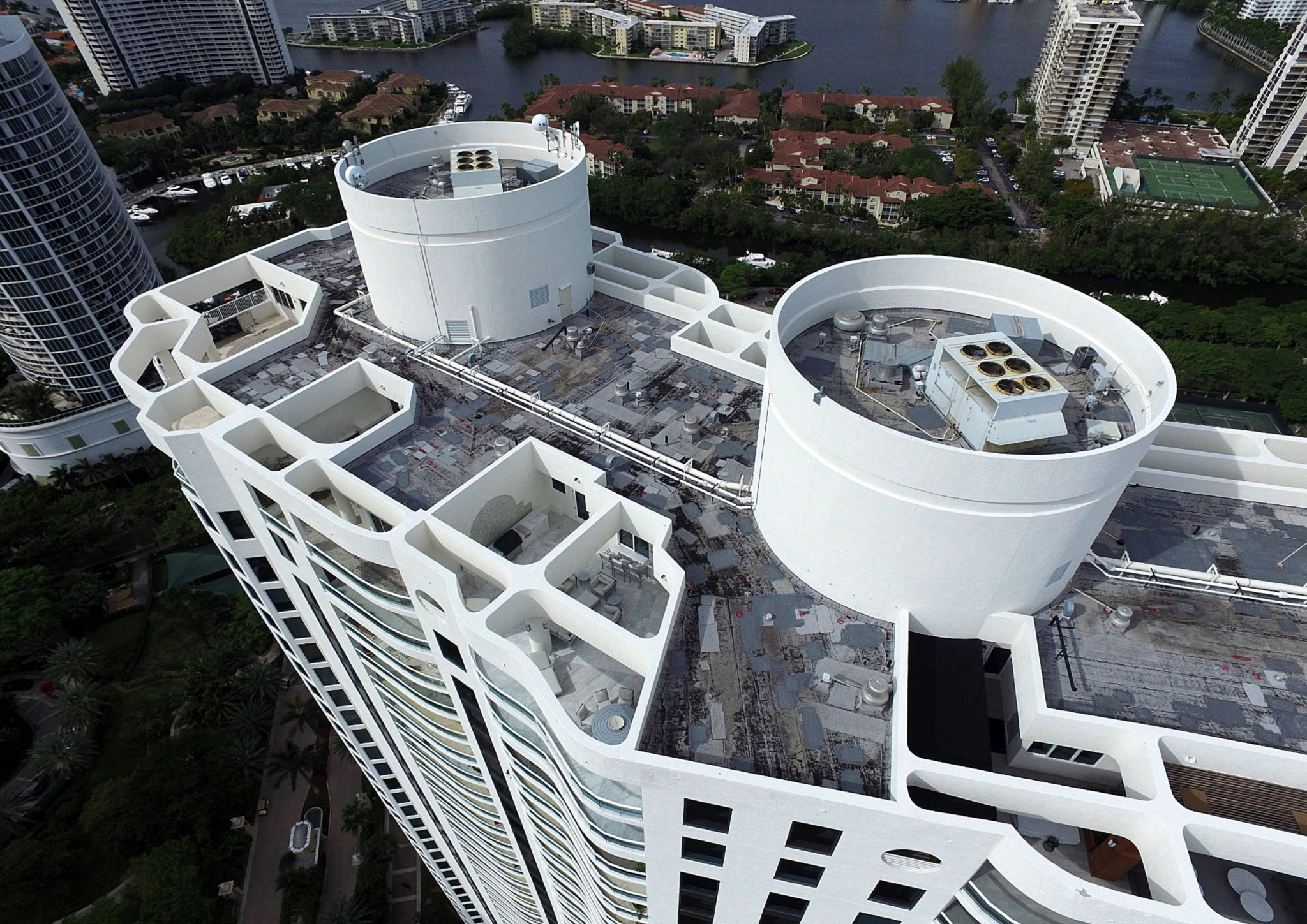 High-rise Energy Efficient Silicone Roof Restoration 1